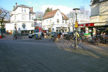 Der Platz an der Waitzstraße