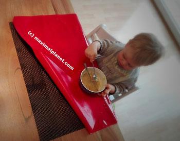 Tischunterlage zum Essenlernen bei Kleinkindern
