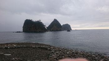 堂ヶ島のシンボル、三四郎島
