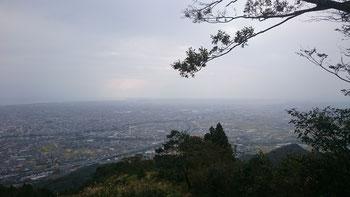 小雨けぶる天候でしたが視界はよかった(藤枝方面)