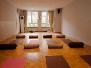 Kinderyoga München, Vinyasa Yoga München, Yin Yoga München, Faszien Yoga München, Restorative Yoga München, Moon Yoga Müchen, Hormonyoga München
