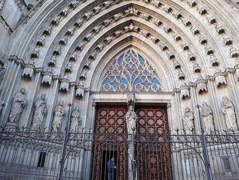 Кафедральный собор Барселоны - достопримечательности Барселоны