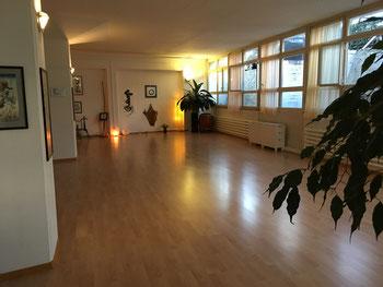 Tanzimprovisation Bern-Bümpliz Raum Stille Bewegung