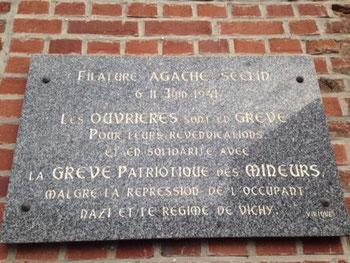 Plaque commémorative des ouvrières gréviste d'AGACHE Parc de la Ramie à Seclin - Origine S. CHICHE