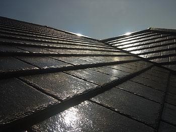 熊本市K様家の屋根瓦塗装完成。日本特殊塗料の高耐久塗料で美しく仕上げました。