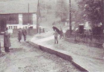 zerstörte Gurtgasse, im Hintergrund Hauptstraße 77a
