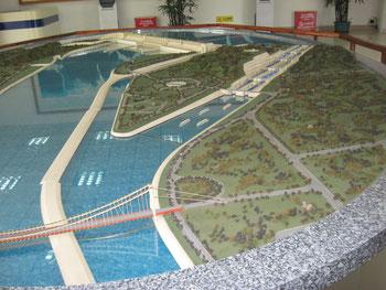 La Diga delle Tre Gole ( plastico ) - Three Gorges Dam ( model )