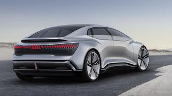 Die neue Sportlimousinen-Studie Audi Aicon mit Reichweite von 700-800 km