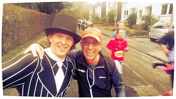 """Wolfgang - Laufreporter von """"marathon4you"""" war auch dabei und wir hatten uns zum ersten Mal beim Hallenmarathon kennengelernt."""