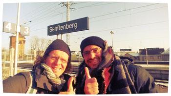 Nach meiner langen Überzeugung kam Thomas auch mit nach Senftenberg und lief sein erster Hallen-HM.