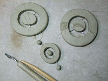 perle en argile crue pour bijoux ceramique raku del'atelier simplement terre de chloe bercovici