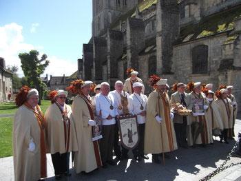 Les Talmeliers devant l'église ST SAMSON de OUISTREHAM