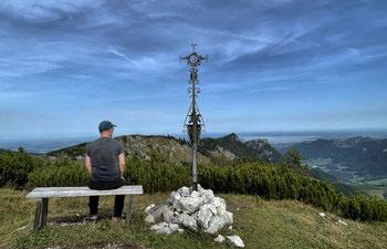 Am Gipfel des Zinnenberg