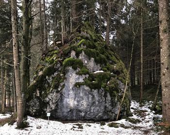 Historischer Grenzstein Kräuterwiese