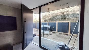 Privot Haustür - Haustür im XXL Format dank drehbarer und schwenkbarer Beschläge. Sehr große Haustür.
