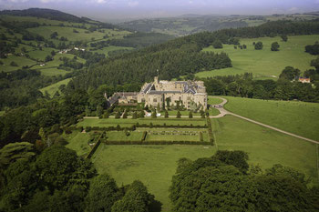 Chirk Castle Luftbildaufnahme © Crown copyright (2019) Cymru Wales