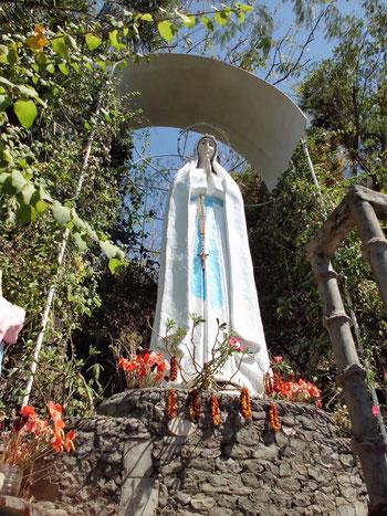 Madonna auf den Philippinen Hauptinsel Luzon nördlich erstellt von HP Stefan Danz