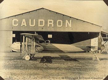 Caudron R.4 , triplace avec fuselage affecté à des escadrilles dès 1916.
