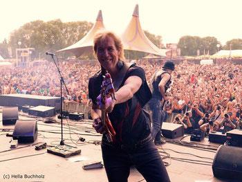 Francis Buchholz Bass/ Bild Hella Buchholz