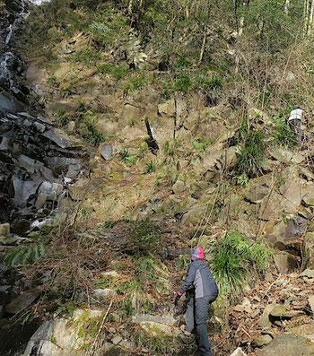 六方の滝 登り口