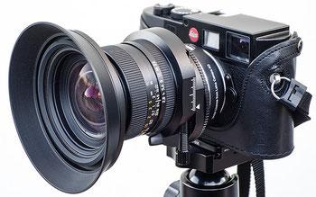 NOVOFLEX LEM-LER Adapter und 1:2,8/28 mm Super-Angulon PC Leica R an M9. Foto: bonnescape