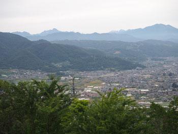 姨捨SAから北信の山々(戸隠、妙高、黒姫、飯綱)