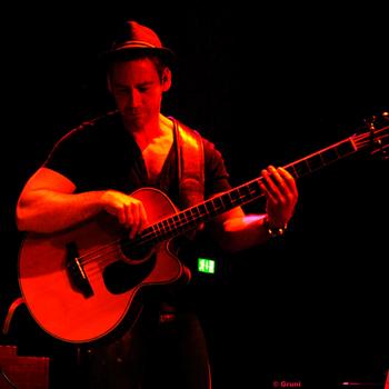 Detlev Gebers Akustikbass Bassist in Ritterakademie Lüneburg