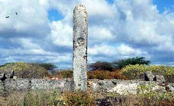 Kiunga Tomb B
