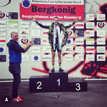 Der von iQ athletik unterstützte Radsportler Tobias Eise wird hessischer Bergkönig
