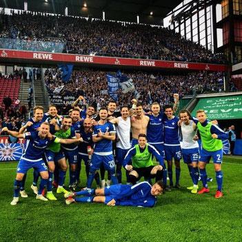 Der SV Darmstadt 98 besiegt in Köln den Tabellenspitzenreiter und sichert sich den Klassenerhalt (Foto: SV Darmstadt 98)
