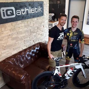 Der von iQ athletik unterstützte Radsportler Tobias Eise und der Autor von Krafttraining im Radsport und Mitbegründer von iQ athletik Andreas Wagner