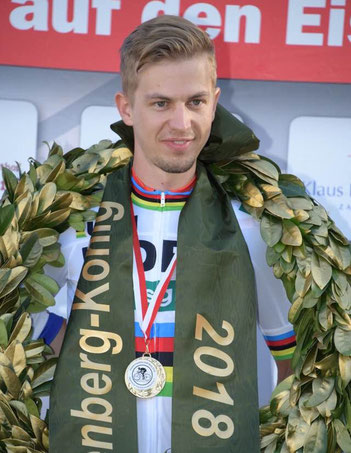 Till Drobisch gewinnt die Hessenmeisterschaften im Bergzeitfahren