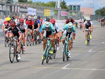 Team Strassacker bei Rad am Ring