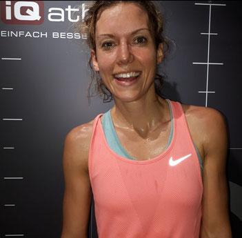 Die Moderatorin des ZDF-Morgenmagazins nach der Laufdiagnostik bei iQ athletik