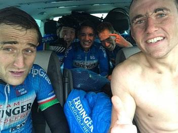 Das Cyling Team Erdinger Alkoholfrei gewinnt das Radrennen in Hannover-Hainholz