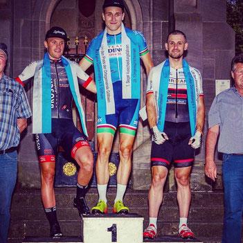 Dominik Merseburg gewinnt das Ausscheidungsfahren in Göllheim