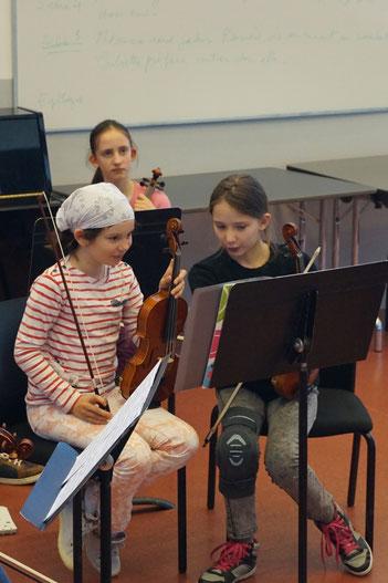 Ecole de musique EMC à Crolles - Grésivaudan : répétition lors d'un cours d'alto.