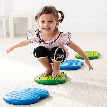 Les nuages pour travailler l'équilibre pour enfants. Matériel sportif et pédagogique enfants à acheter pas cher.