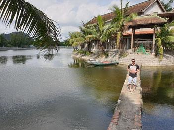 See und Tempel in Tam Coc