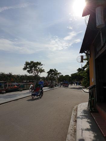 Umweltfreundliches Rikschafahren in Hoi An