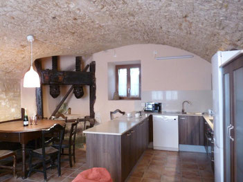 Belle maison de village dans le centre de Begur à louer pour les vacances pour 6 personnes.