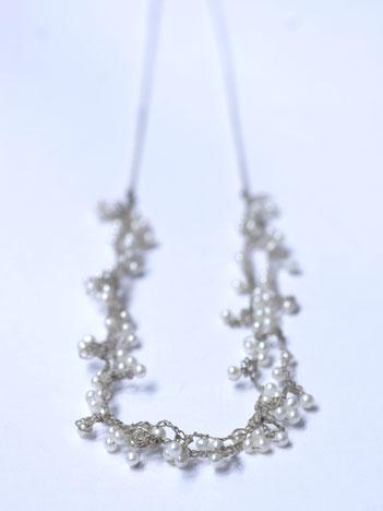gehaakte witte parelketting, handgemaakte sieraden