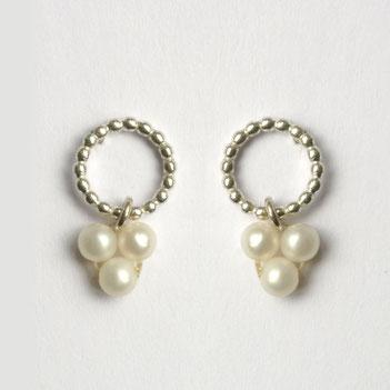 witte parel oorbellen, gehaakte parelkettingen, handgemaakte sieraden