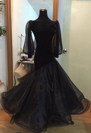 程よいボリュームが嬉しいスタンダードドレス