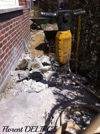 démolition dalle béton aménagement parc et jardin extérieur