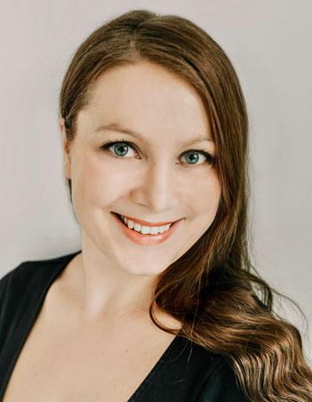 Stephanie Engel      Liebe in Stein