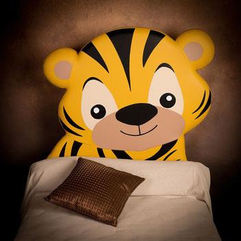 rêves en tête-tête de lit originale artisanale chambre enfant tigre