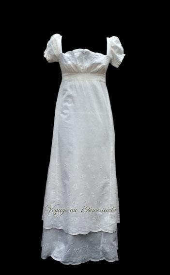 Location costumes historiques robe de Bal Premier empre en coton Paris Bordeaux