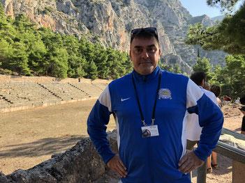 Mario Turloff im Stadion Delphi (gebaut 5. Jahrhundert vor Christus)