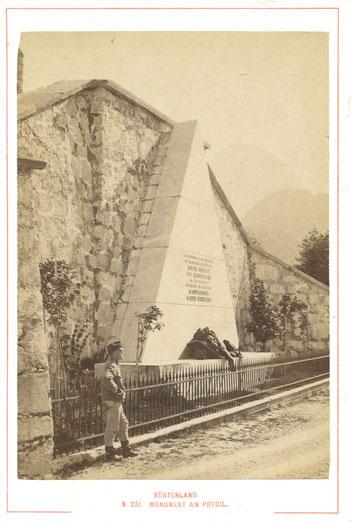 Das Denkmal für  Hauptman Johann Hermann von Hermannsdorf  und seine tapferen Soldaten in den Jahren vor Ausbruch des Ersten Weltkrieges. Sammlung Isonzofront.de